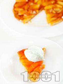 Тарт татен - бърз и лесен сладкиш / торта за десерт без яйца и брашно с многолистно бутер тесто и карамелизирани ябълки на фурна за десерт - снимка на рецептата